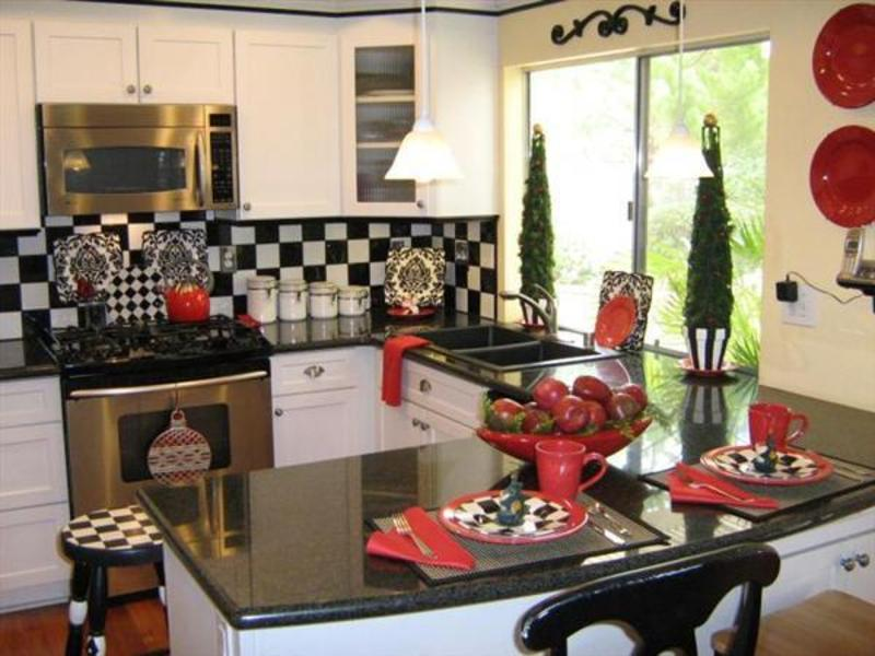 Homysphere com blog archive christmas modern kitchen for Christmas decorating ideas for your kitchen