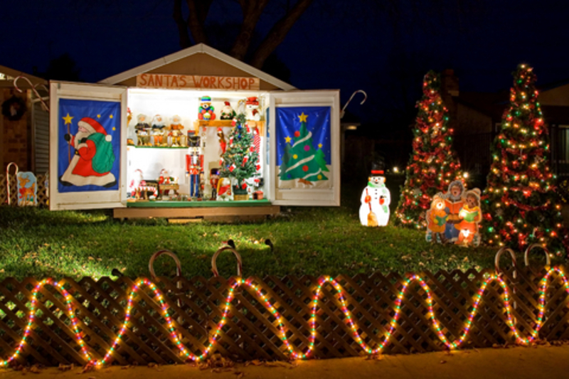 Christmas yard decorations design bookmark 10647 for Christmas front yard ideas
