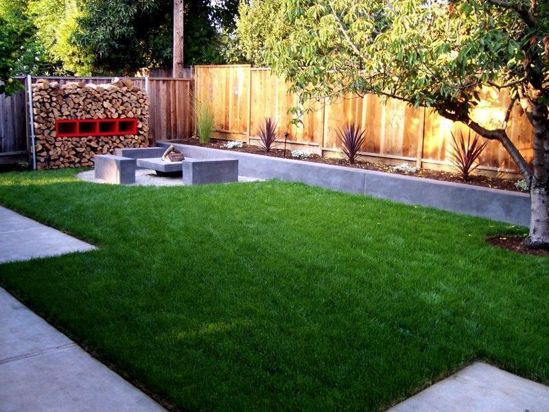 Small backyard landscaping design bookmark 11269 for Garden designs for small backyards