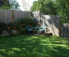 Corner Backyard Landscape – Small Backyard Landscaping Ideas