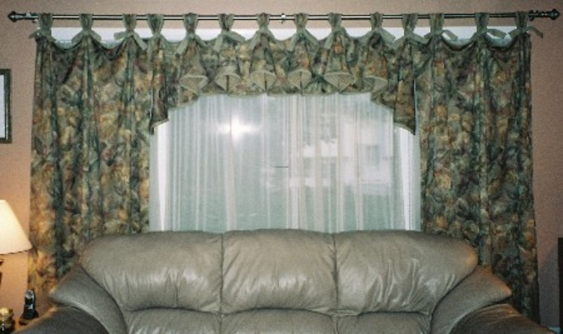 Great Elegant Living Room Curtains Designs 800 x 475 · 92 kB · jpeg