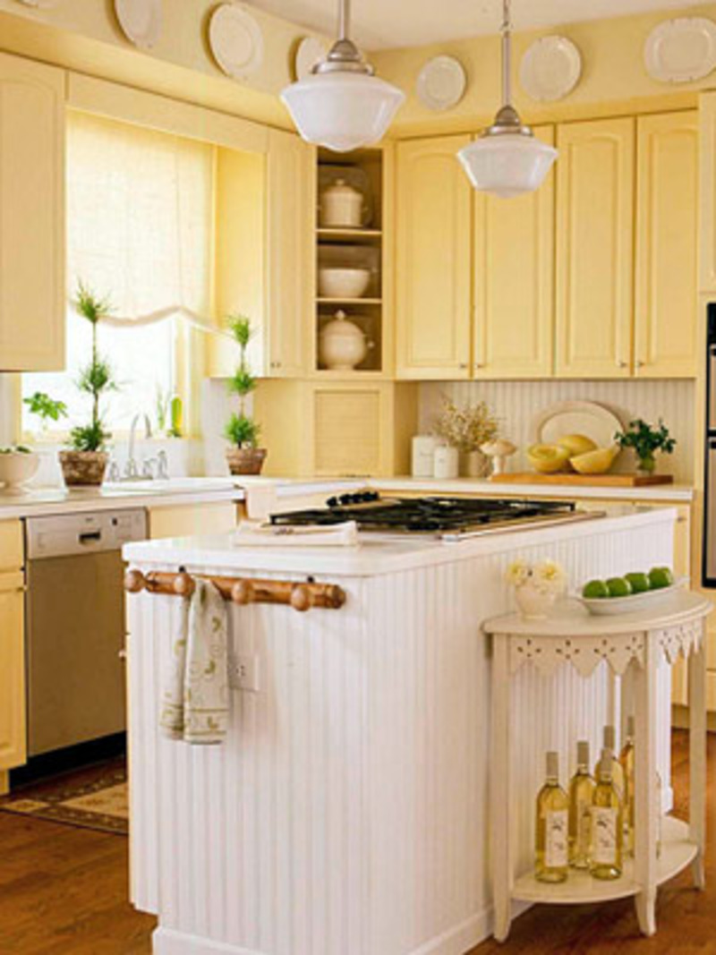 Small country kitchen cabinets design ideas small country kitchen white island kitchen Kitchen design yellow and white