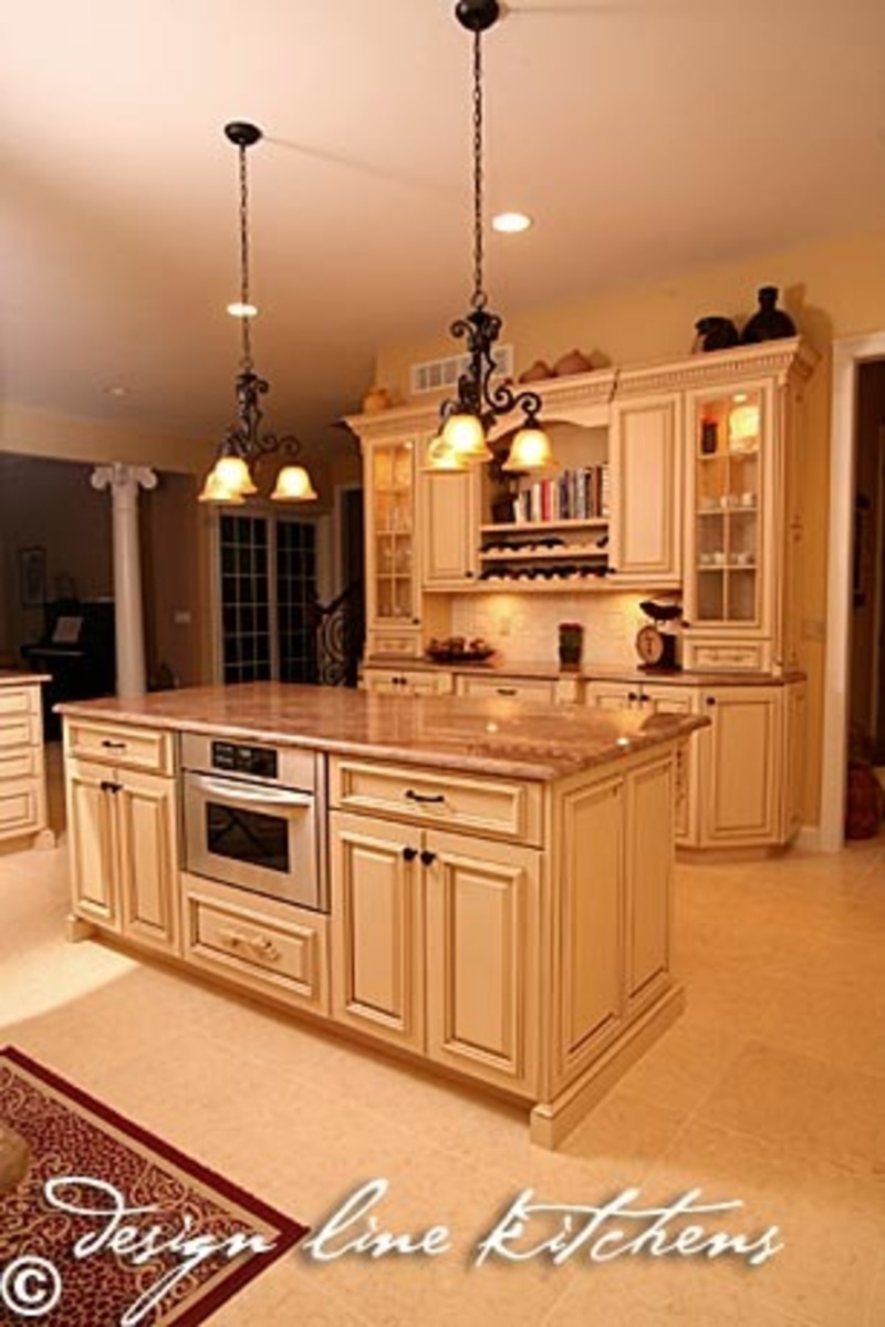 Custom luxury kitchen designscustom luxury kitchen island for Kitchen designs with islands