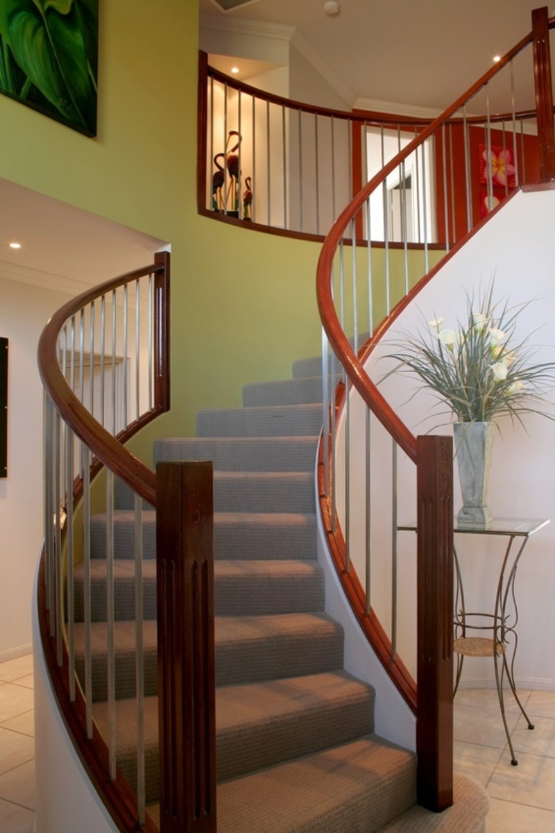 H R Stairs Design Bookmark 12095