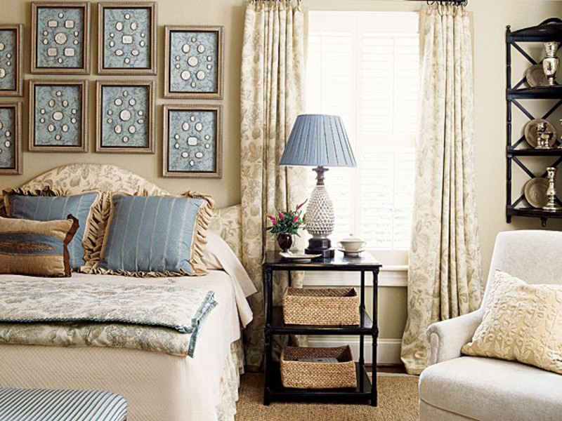 decorating a bedroom with blue and white design bookmark