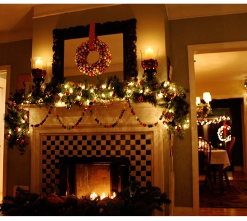 Tree Of Life Fireplace Surround: Living A Beautiful Life: Christmas Decorating Ideas