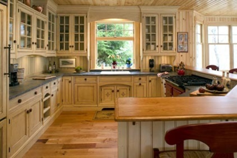 Black cove cabinetry cottage style kitchens photos 2 for Cottage style kitchen design