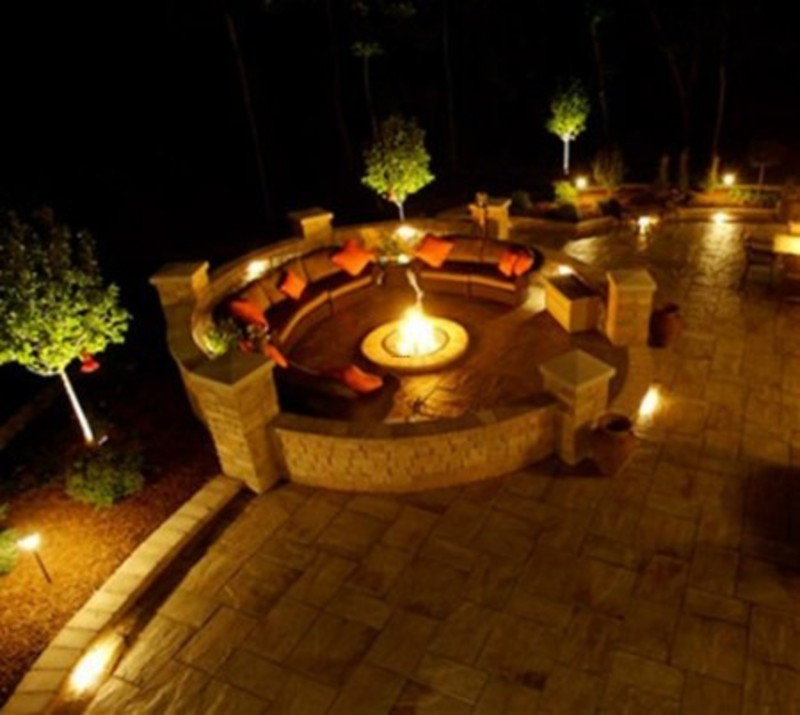 Outdoor Patio Lighting Design To Creates A Romantic