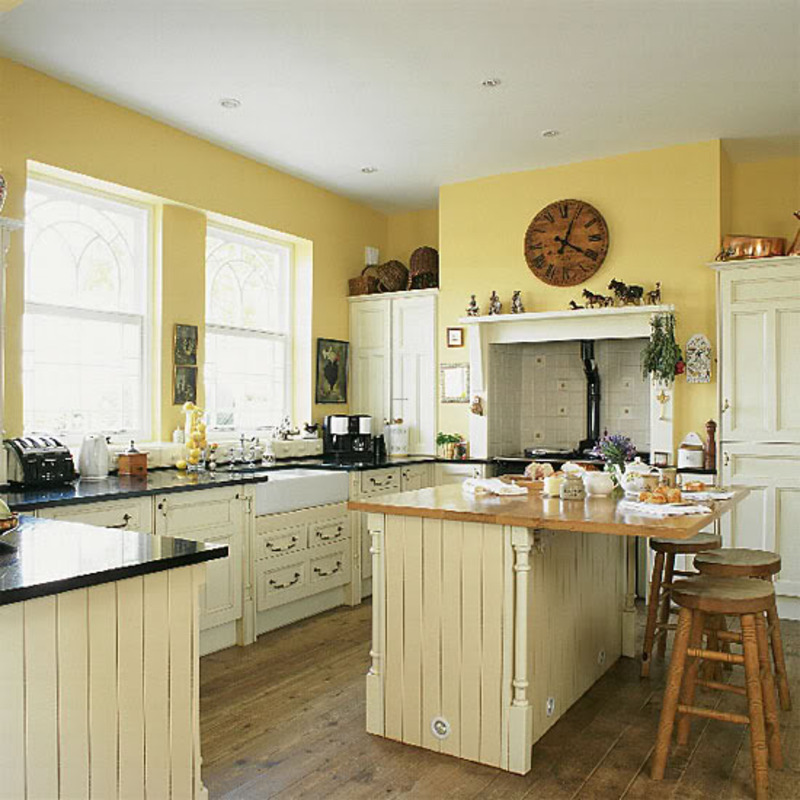 How about yellow cabinets bad for resale design for Blue kitchen cabinets with yellow walls