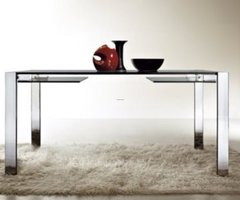 White Black: Modern Glass Dining Table