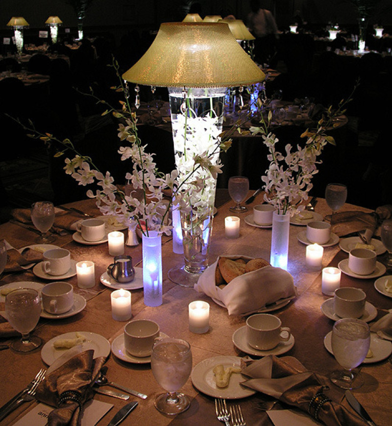Reyne 39 s blog we especially loved the water fountain for Modern table centerpieces