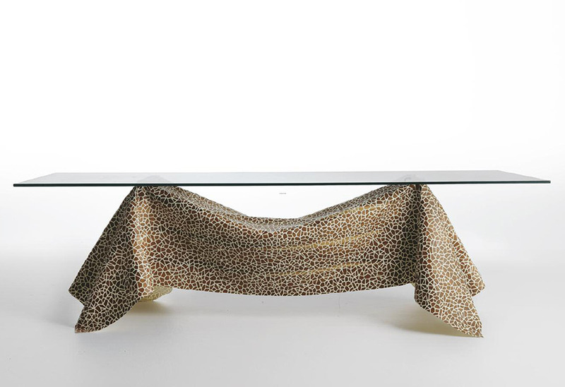 Modern Glass Table, Modern Glass Table Captivates With 'No Gravity' Illusion