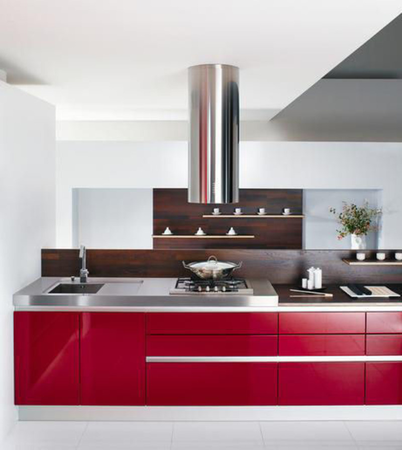 Light Red Kitchen Decorating Ideas / Sample Designs And