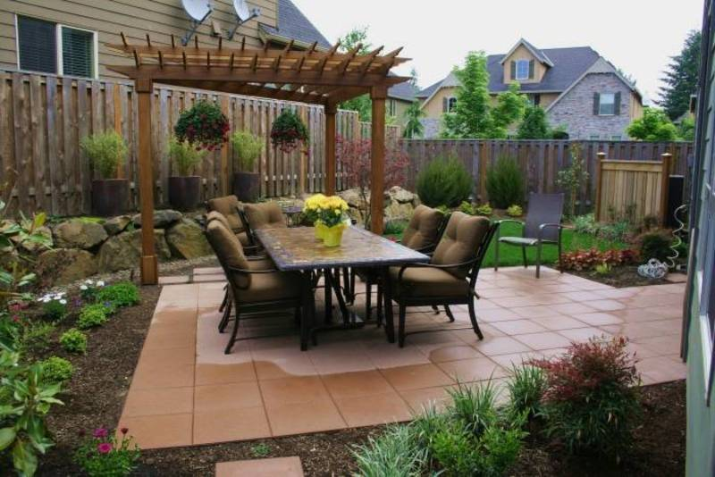 Beautiful small backyards design to beautify your home for Gorgeous small backyards