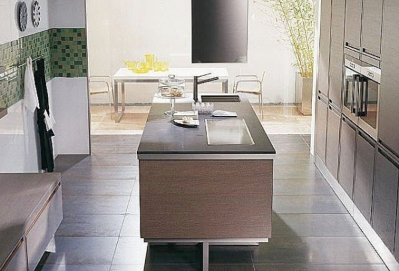 Perfect kitchen tile is a must to be in our modern kitchen for Perfect tiles for kitchen