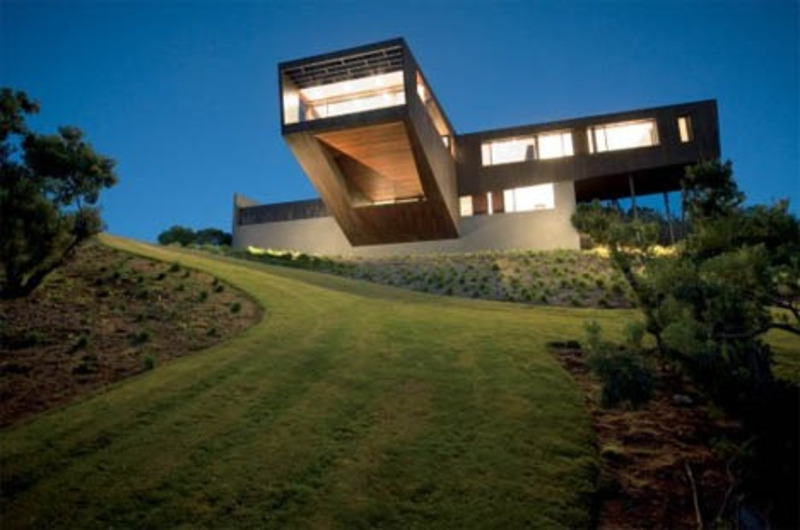 Best deck ever contemporary cantilever house design for Best house design ever