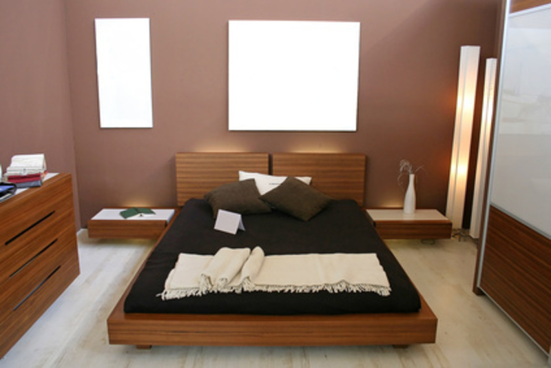 Decorating Ideas For Small Rooms, 8 Tips For Decorating A Small Bedroom Ideas