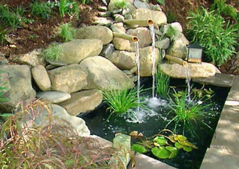 Small backyard design ideas design bookmark 14320 for Small pond water feature