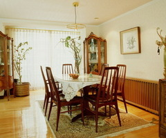 Buying Traditional Dining Room Furniture Sets