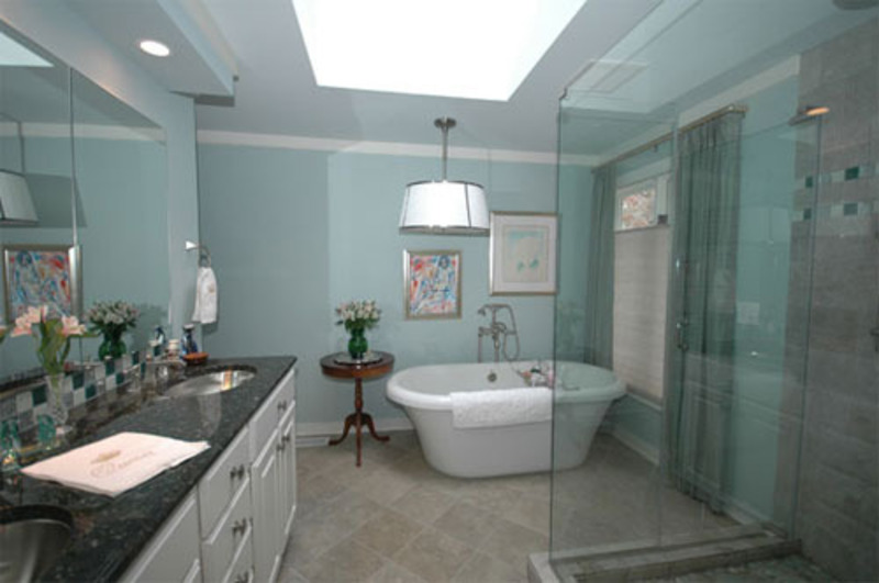Blue bathrooms cool design ideas and inspiration design - Bathroom color schemes brown and teal ...