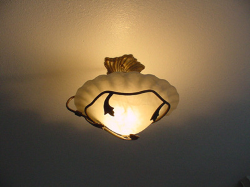 Hanging light fixture for bedroom for Bedroom ceiling lights
