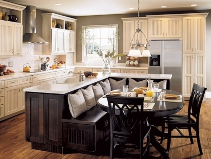 classic chic home unique and inspiring kitchen island ideas design bookmark 14610. Black Bedroom Furniture Sets. Home Design Ideas