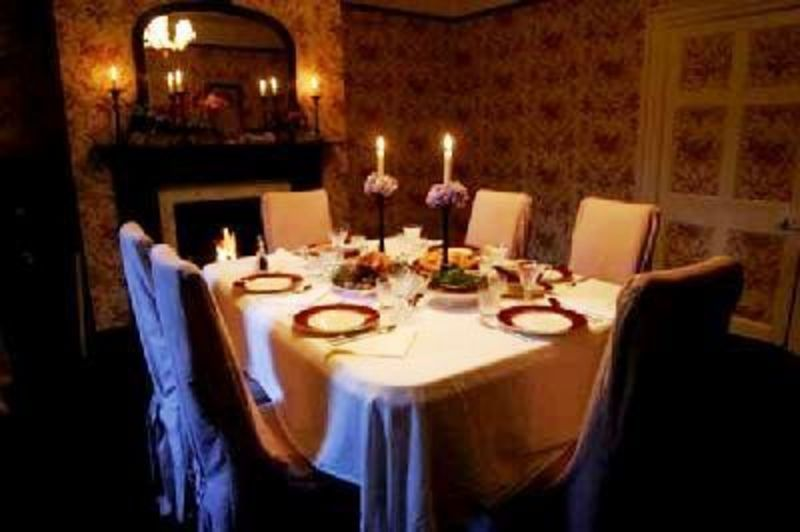 Romantic Dining Room, Romantic Dining Room Decorating Ideas Dining Room Decorating Ideas With Dim Lights  Home Decor 