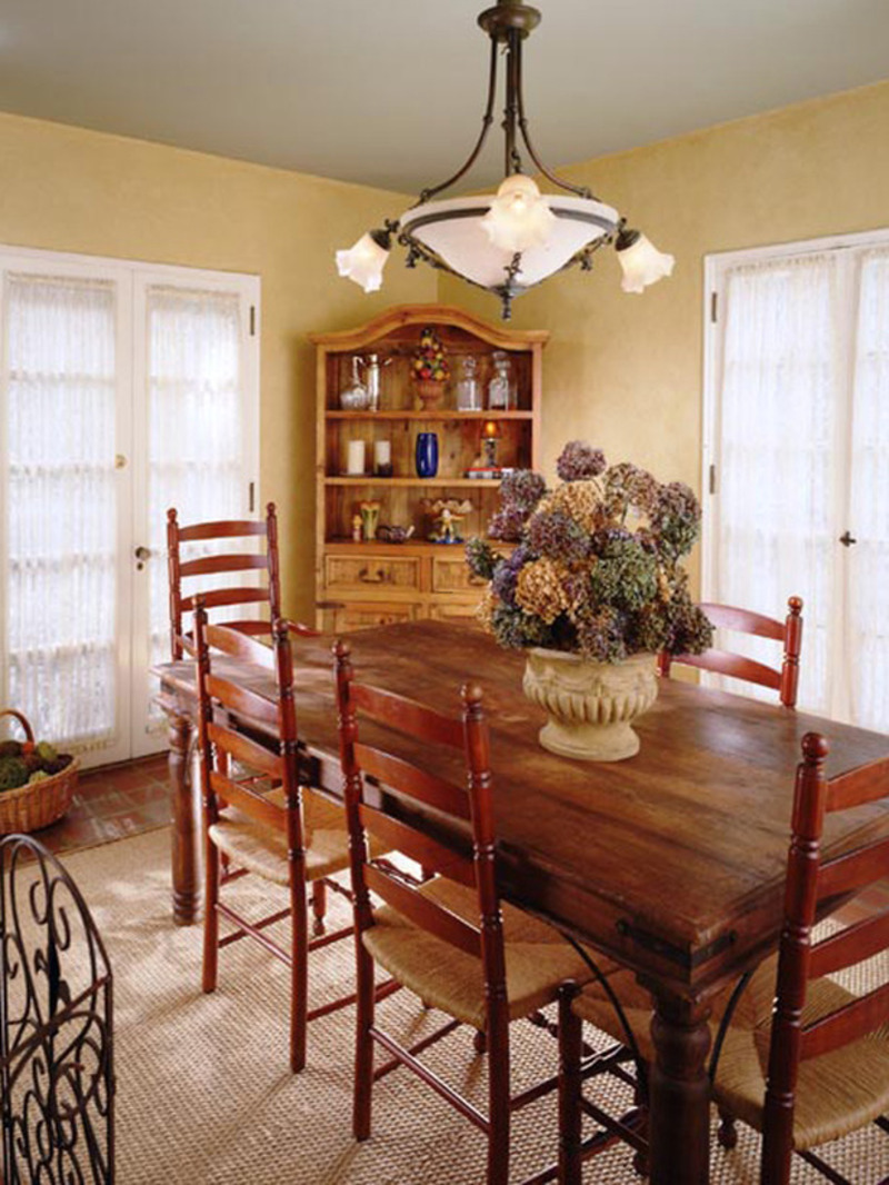 Country dining rooms from jackie glisson designers for A dining room in french