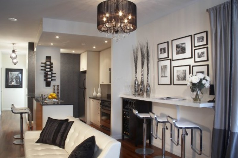 Condo design toronto tips for designing in small spaces for Small condo decor