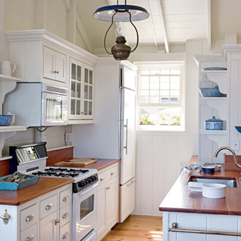 Small galley kitchen design smart home kitchen design for Perfect galley kitchen