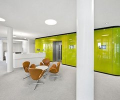 Clinic In Berlin By Gnädinger Architekten Contrasting Color Clinic Interior Design In Berlin – Home Architecture