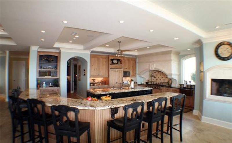 Kitchen Island Ideas With Seating, How To Choose Kitchen Island Seating Concept? Rounded