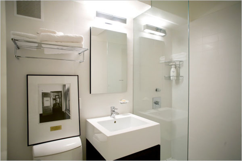 Tiny Modern Bathroom, Bathroom Photos
