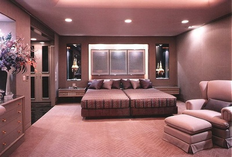 Master bedroom color combinations images design for Bedroom color schemes