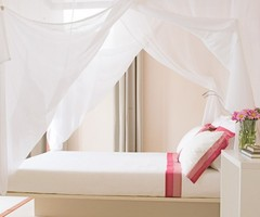 Retro Airy Pink Bedroom Main