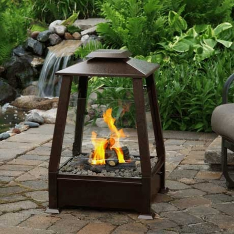Small Patio Fireplace, Spice Up Your Patio With An Outdoor Fireplace