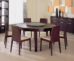 Round Dining Table – A Classy Look