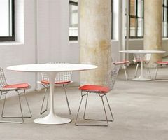 Design Round Table By Eero Saarinen