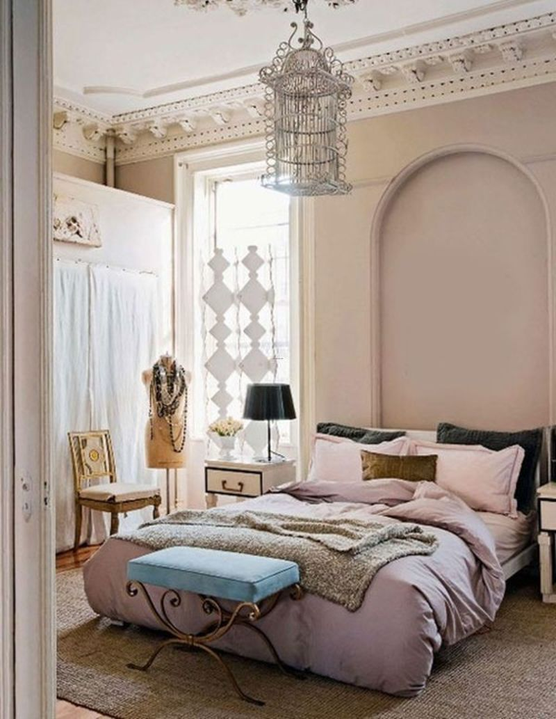 How to create a welcoming guest room design bookmark 16201 for Guest bedroom paint ideas