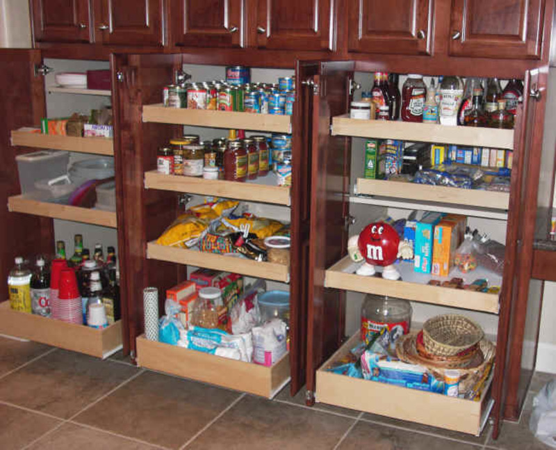 Kitchen pantry cabinet pantry storage pull out shelves for Kitchen pantry cabinet plans