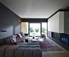 Small Modern Apartment With Minimalist Remodel Ideas / Vectronstudios.Com