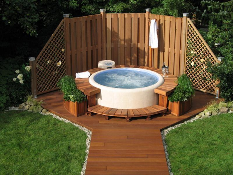 How to choose the right small hot tub design bookmark 17311 for Small privacy fence