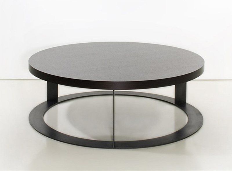 Round Contemporary Coffee Tables: Round Wood Coffee Table As A Special Detail Of The