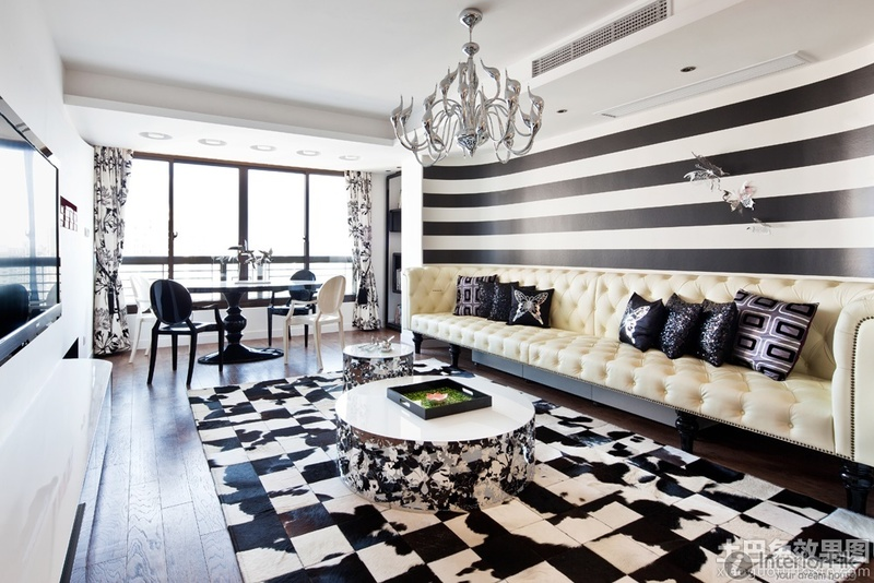 Living Room Sofa In Black And White Striped Walls Pictures Design Bookmark 17448
