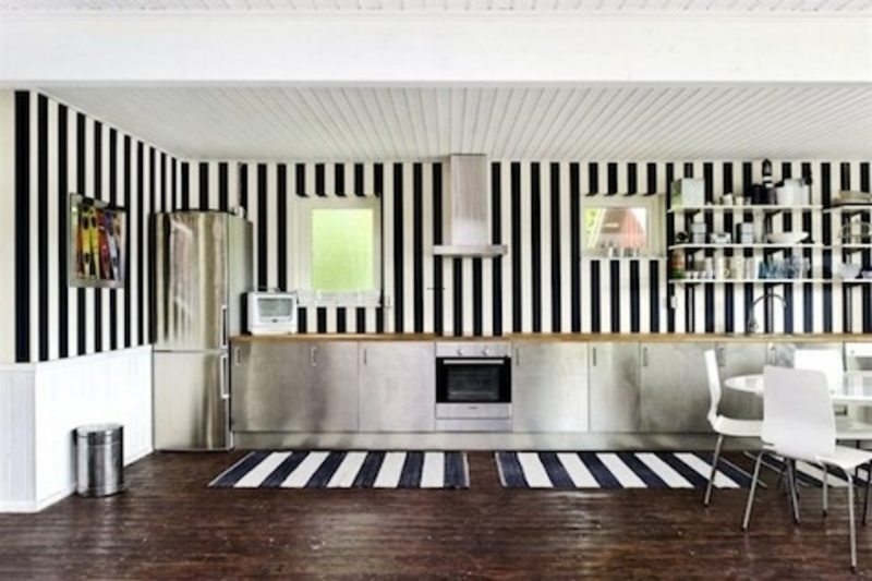 Love the black and white striped wall image from booli - Black and white striped wall ...