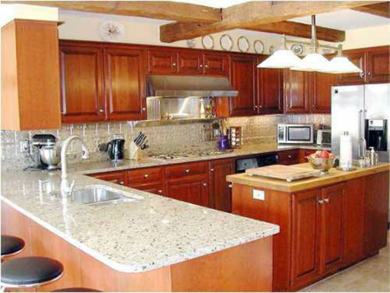 Small kitchen remodel ideas on a budget design bookmark for Kitchen remodels on a budget
