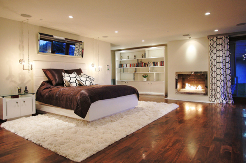 55 Spectacular And Cozy Bedroom Fireplaces Design