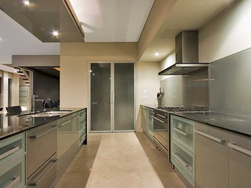 How To Design A Galley Kitchen: The Thing Should Be Noticed In Designing Galley Kitchen