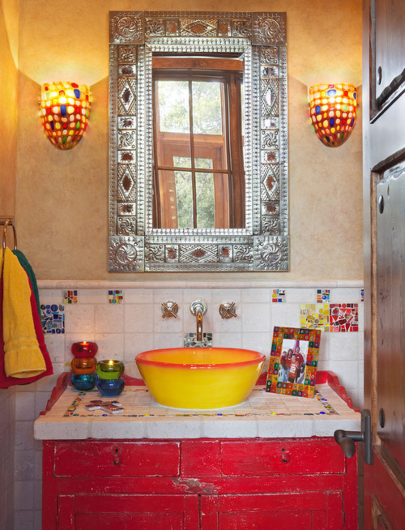 Decorative colorful mexican style simple country bathroom toilet designs accessories ideas for Home decor interiors bathroom