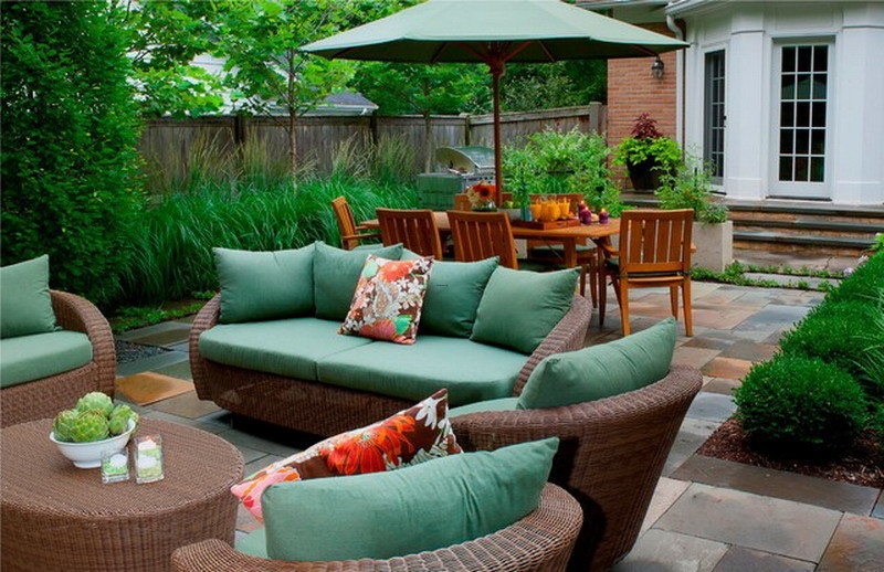 9 modern outdoor patio furniture sets for small spaces for Small patio furniture for small spaces